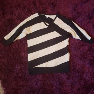 New york and co small black tan sweater